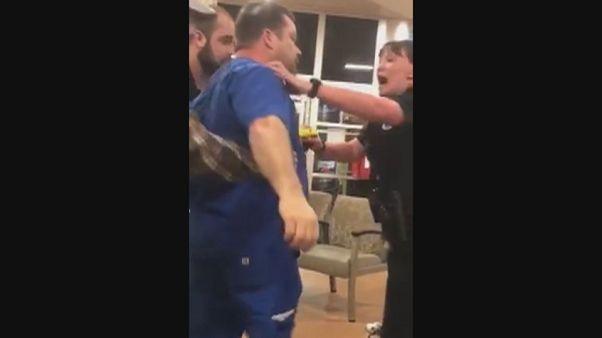 شاهد: الشرطة الأمريكية تستخدم مسدسا صاعقا على ممرض