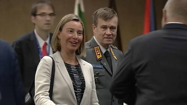 Mobilidade militar na UE debatida em Sófia