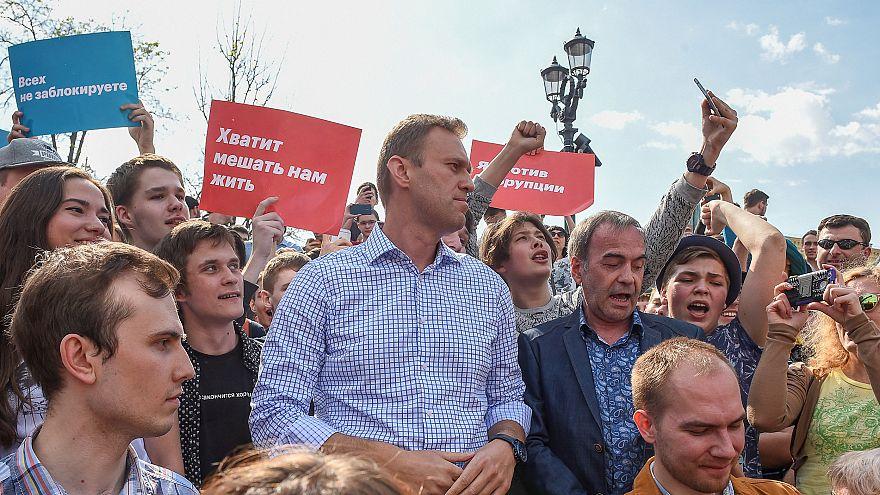 Rusya'daki Putin karşıtı gösterilerde muhalif lider Navalni gözaltına alındı
