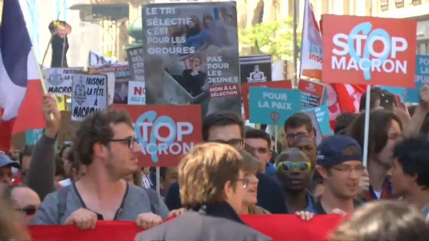 Marcha multitudinaria contra las reformas de Macron