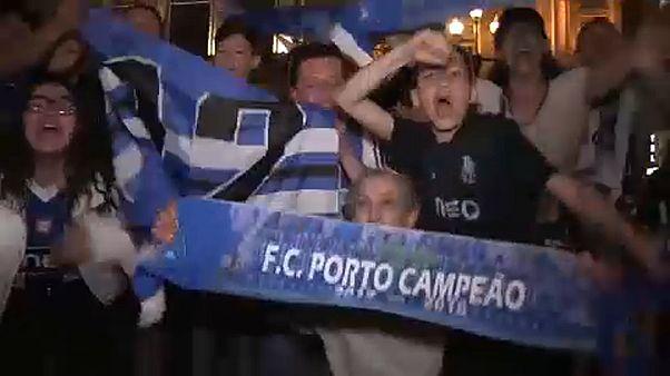 Adeptos do FC Porto celebram mais um título