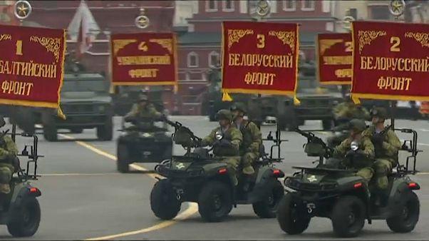 روسيا تستعرض قواتها في ذكرى الحرب العظمى