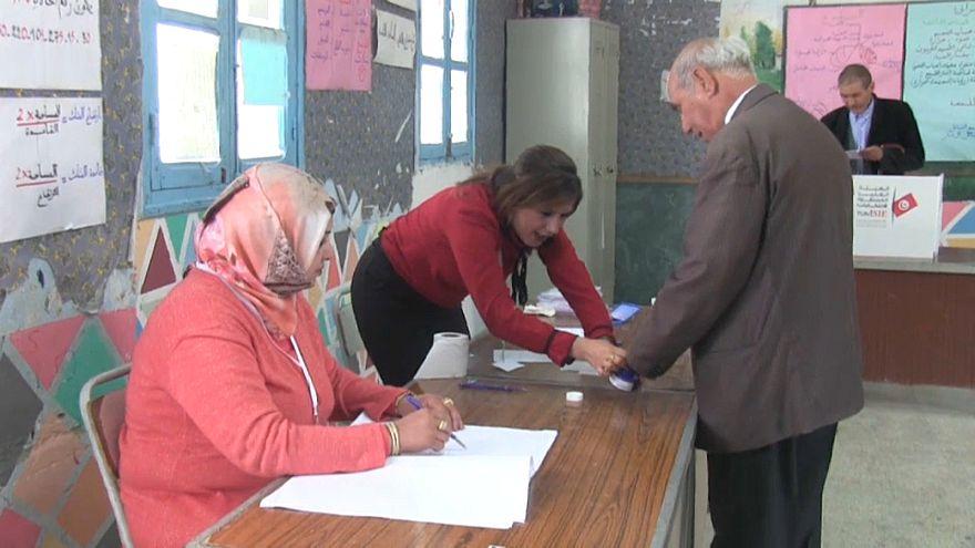 Tunus: Arap baharı sonrası ilk yerel seçimler