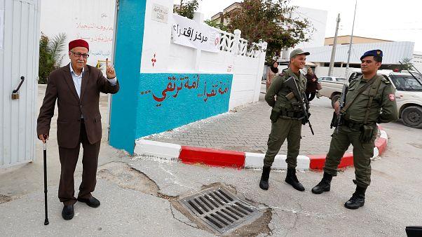Τυνησία: Οι πρώτες δημοτικές εκλογές μετά την Αραβική Άνοιξη