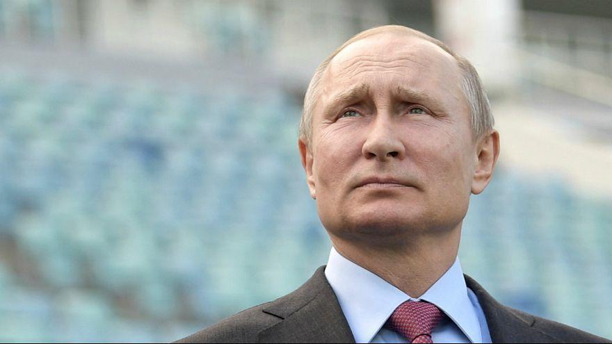 Vladimir Putin vai permanecer no Kremlin quase um quarto de século