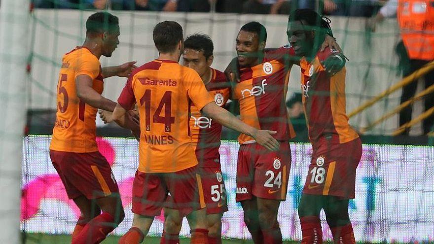 Galatasaray Akhisar deplasmanını kayıpsız geçti
