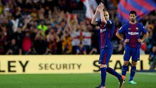 El Barça y el Real Madrid empatan 2-2 y regalan fútbol, goles y emoción en el último clásico de Iniesta