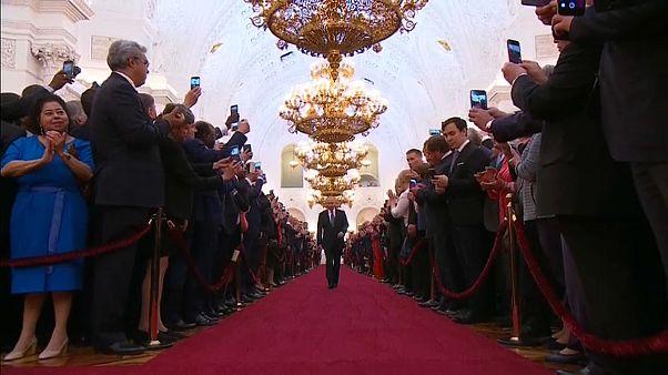 Russia, Putin giura da presidente. Per la quarta volta