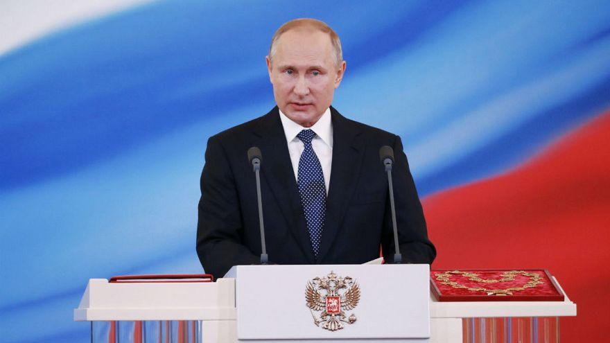 Negyedszer is beiktatták Vlagyimir Putyint