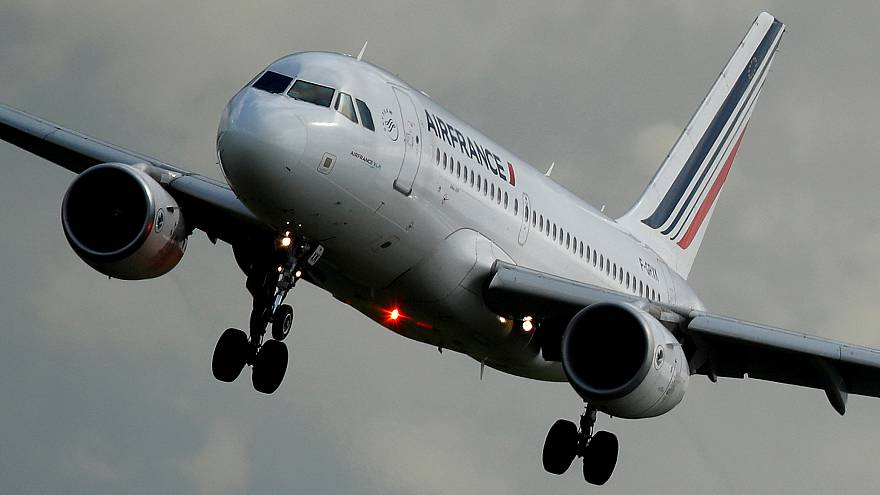 Air France s'enfonce dans la crise