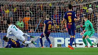 Empate entre el Barcelona y el Real Madrid en el clásico de la polémica