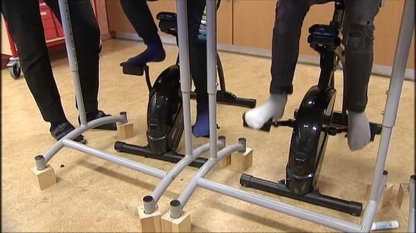 استعمال الدراجات الثابتة في الأقسام السويدية لتحسين المستوى التعليمي