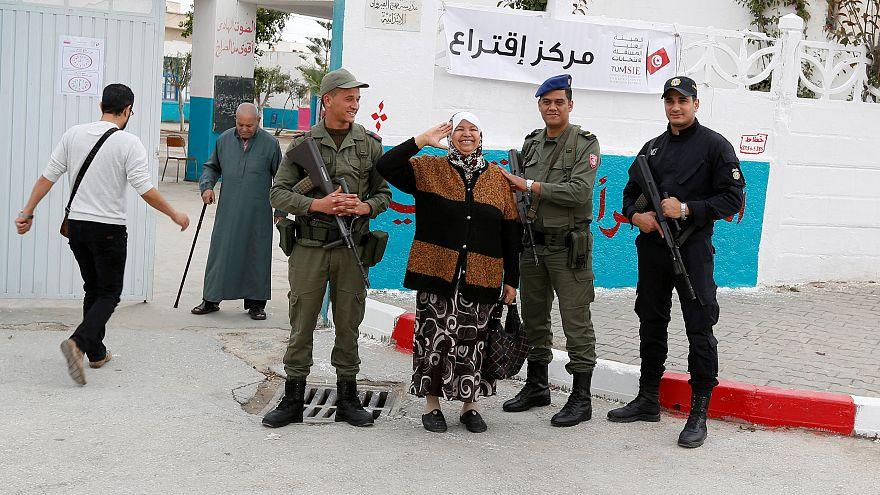 Tunisia, ha votato solo un elettore su tre
