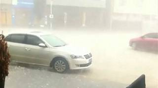 Cidade chinesa de Xiamen fustigada por tempestade de granizo