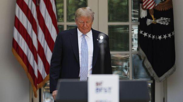 دونالد ترامپ در کاخ سفید یک روز پیش از اعلام تصمیم درباره برجام