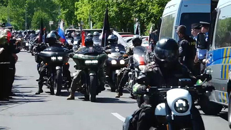 Orosz motorosok Prágában