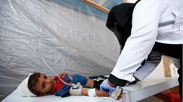 منظمة الصحة العالمية تبدأ حملة تطعيم ضد الكوليرا في اليمن بعد تأخيرها لعام