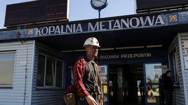 3 lengyel bányászt még keresnek