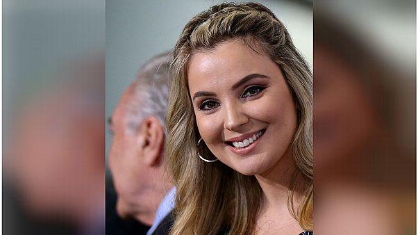 زوجة الرئيس البرازيلي تجازف بحياتها لإنقاذ كلبها