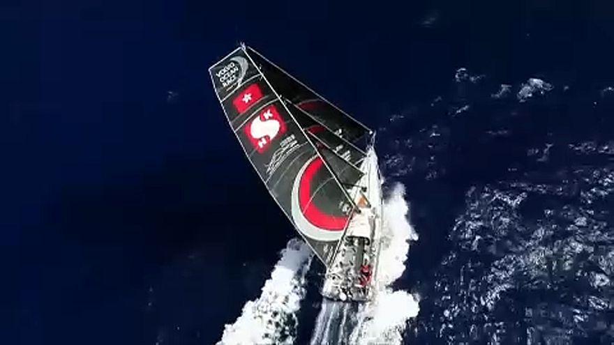 Embarcação da equipa Sun Hung Kai/Scallywag na Volvo Ocean Race