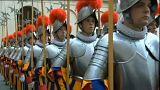 Fogynak a svájci gárdisták?
