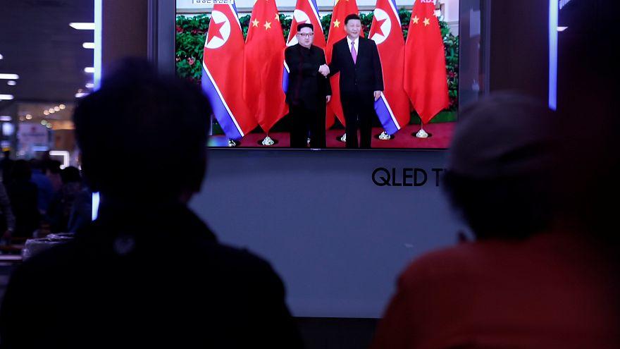 Си Цзиньпин провел переговоры с Ким Чен Ыном в Китае