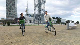ماجراجویی در گرجستان؛ دوچرخه سواری در ساحل دریای سیاه