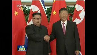 Kim Dzsong Un újabb rejtélyes útja Kínában