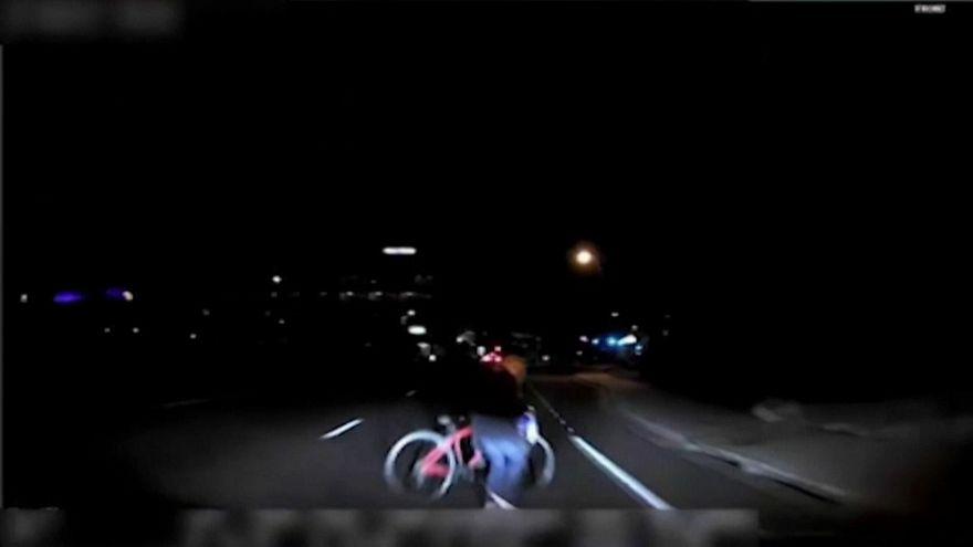 El coche autónomo de Uber detectó a la ciclista y decidió ignorarla