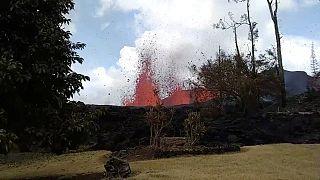 """Χαβάη: Το ηφαίστειο """"ανοίγει"""" την γη!"""