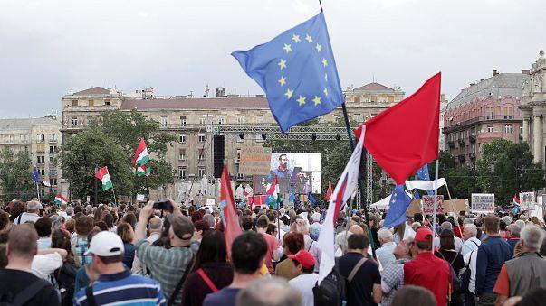 Ungheria, ancora proteste contro Orban