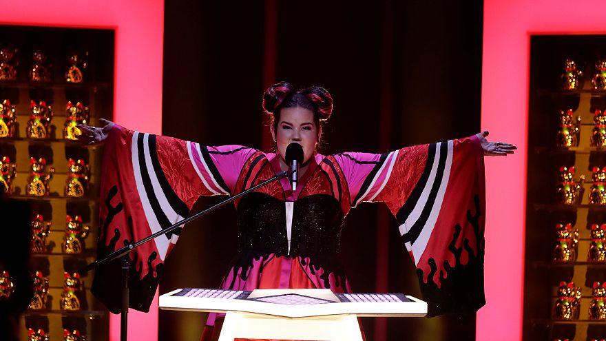 """Netta aus Israel performt """"Toy"""""""