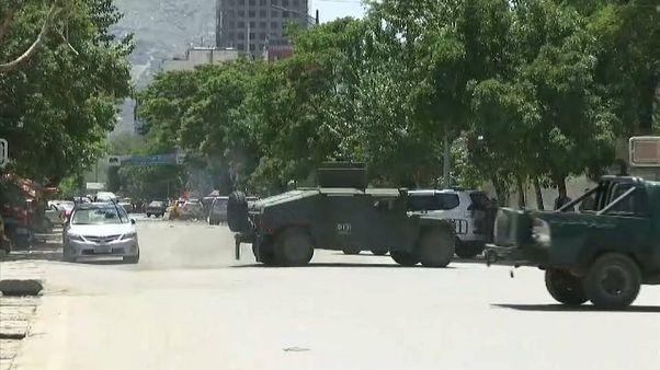Kabil'de üç ayrı intihar saldırısı gerçekleşti