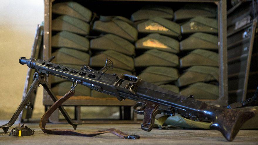 """شحنات من سلاح أوتوماتيكي """"إم جي 3"""" قدمت من ألمانيا إلى المقاتلين الأكراد"""