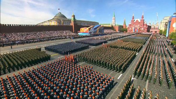 جانب من الاستعراض العسري.. 13 ألف جندي شارك في الاحتفال