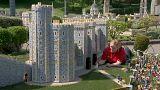 شاهد: ليغولاند تحتفل بزواج الأمير هاري على طريقتها الخاصة