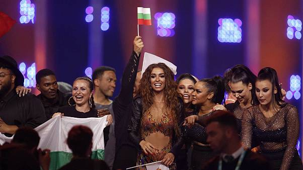 النی فوررا از قبرس بعد از اعلام راه یافتن به مرحله نهایی یوروویژن