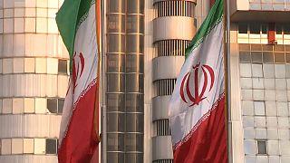 Efeitos da decisão de Trump já chegaram à economia iraniana