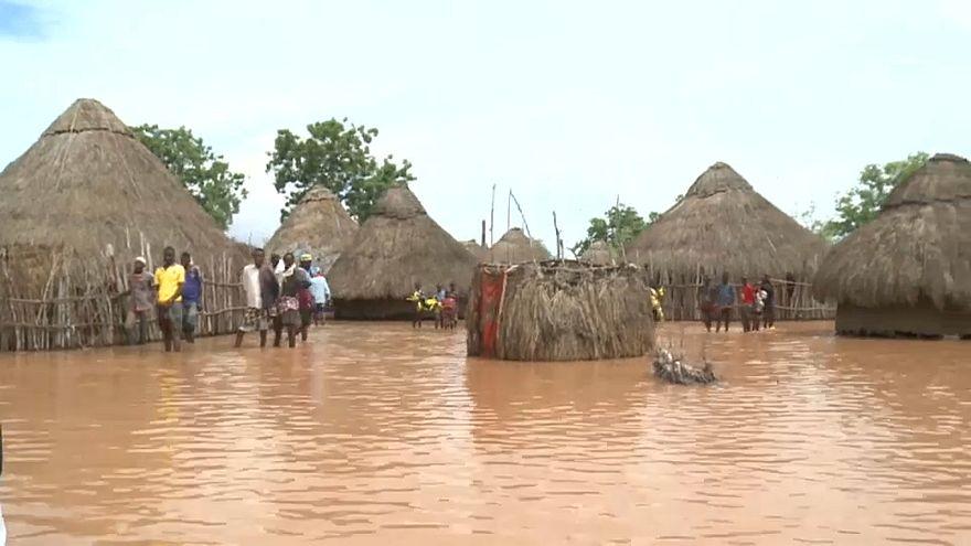 Kenya'da baraj patladı, çok sayıda ölü var