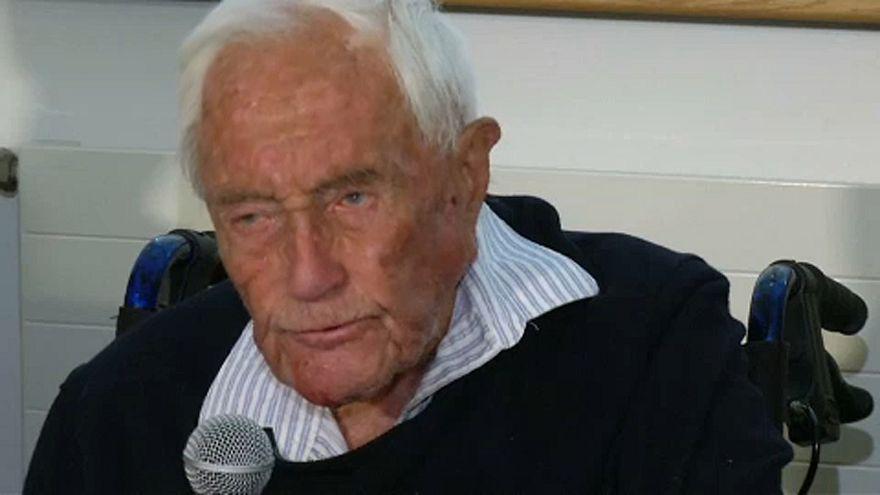 Az ausztrál tudós Svájcban várja a halált