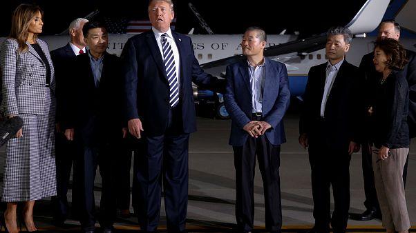 Απελευθερώθηκαν τρεις Αμερικανοί από τη Βόρεια Κορέα