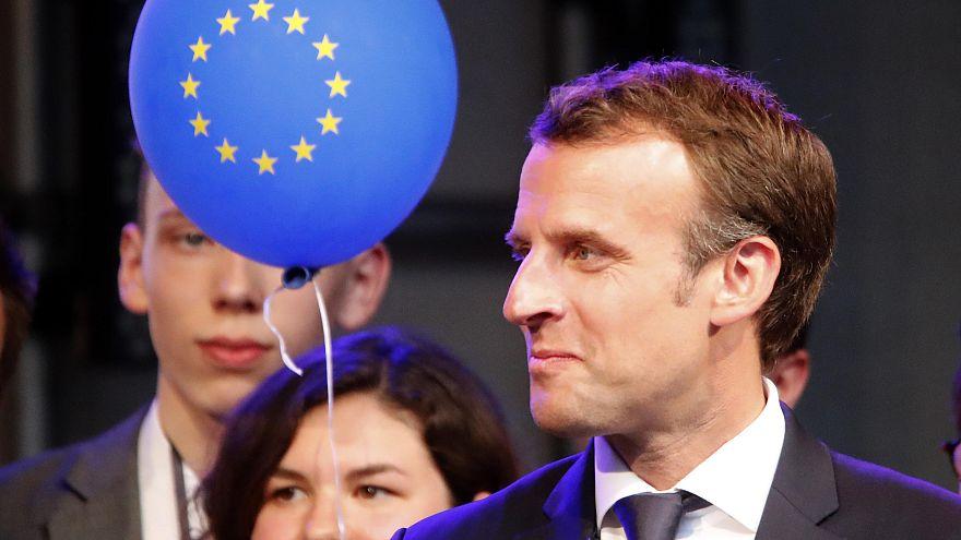 Karlspreisträger Macron wirbt für Atomabkommen