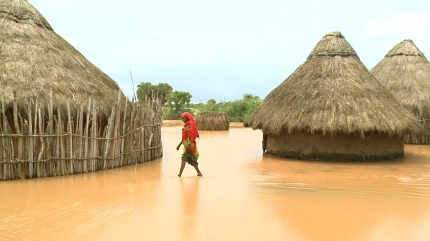 مقتل 34 شخصا على الأقل جراء انهيار سد في كينيا