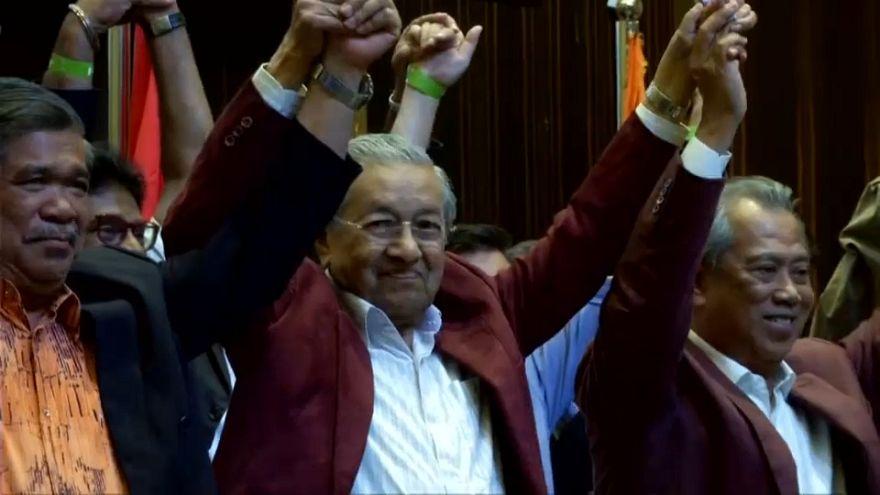 La oposición se alza con un triunfo histórico en Malasia