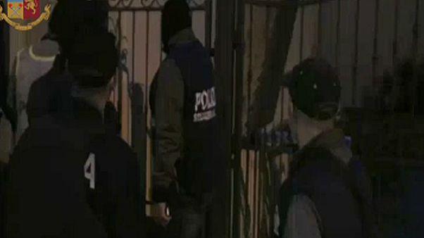Terroristákat pénzelő csoportokat fogtak el Olaszországban