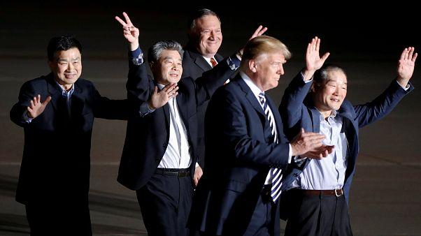 Les trois Américains libérés par la Corée du Nord accueillis par Donald Trump