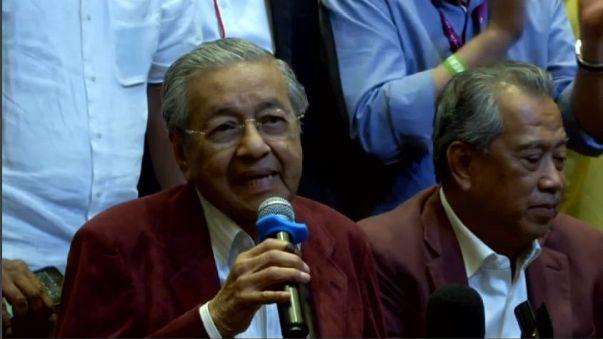 Malesia: Mahathir, il Premier più anziano del mondo
