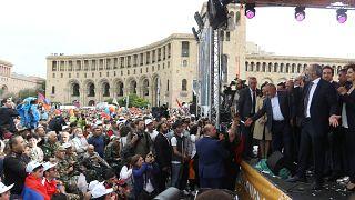 Crowds in Yerevan, Armenia listen to Nikol Pashinyan