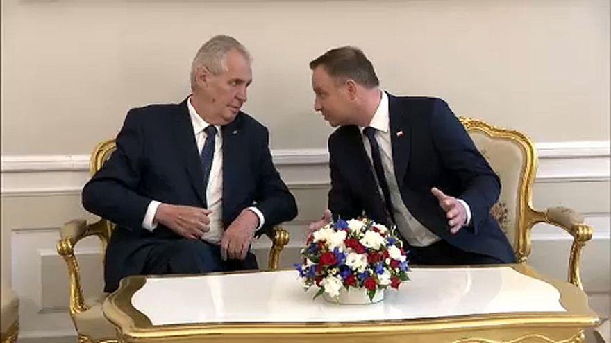 Elnöki találkozó a V4-ek egységéről