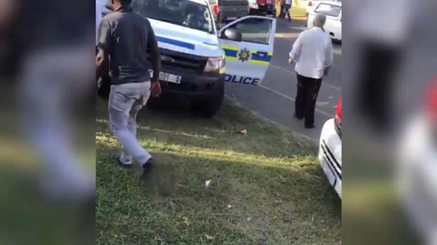 Sudafrica: attacco in una moschea a Durban, morto l'imam